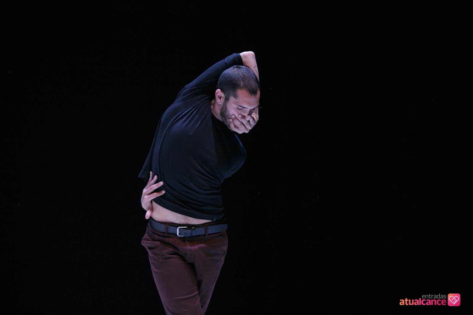 danza-en-breve-daniel-morales-el-vuelo-5eec6890e0c2a.jpeg